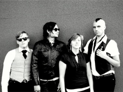 Pic of Neon Trees