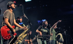 Pic of the band Streetlight Manifesto